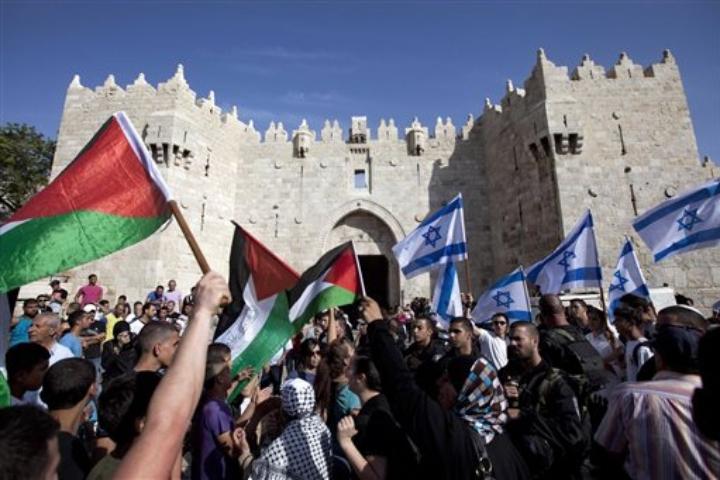 """Lettera aperta: """"Occorre fermare la violenza, rimuovendone le cause, e riconoscere lo Stato di Palestina"""""""